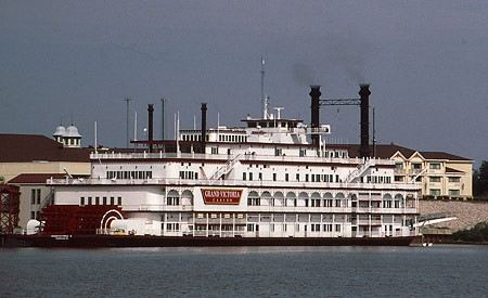 Grand victoria river boat casino 10